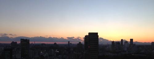 蜃気楼みたいな雲と夕焼けと富士山