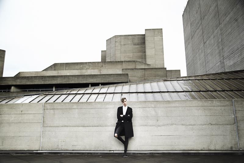 mikkoputtonen_fashionblogger_outfit_riverisland_studiocollection_viktorandrolf_eastdane_2_web