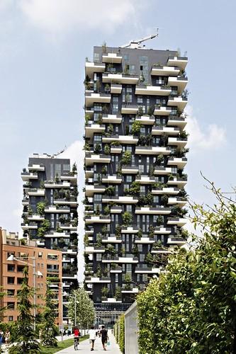 義大利米蘭垂直森林(Bosco Verticale)