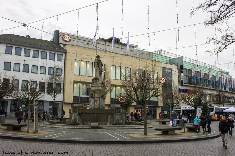 DARMSTADT - Ludwigsplatz