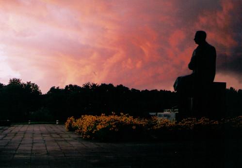 fed dangus vakaras antanas anykščiai debesys juosta vienuolis