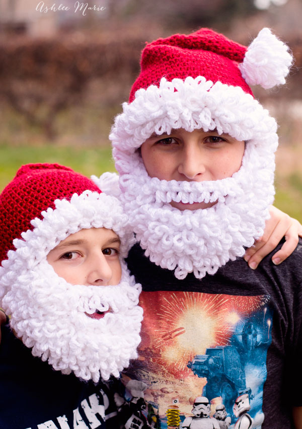 Nothing get's my boys quite in the christmas spirit like wearing santa hats, they love this bearded version
