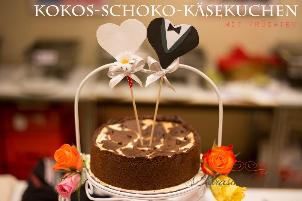 Kokos-Schoko-Käsekuchen mit Früchtchen