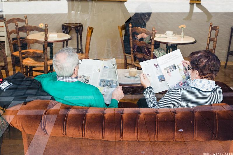 Reading, Cafe