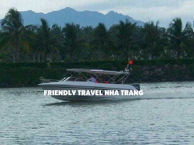 Cho Thuê Tàu-Cano Nha Trang