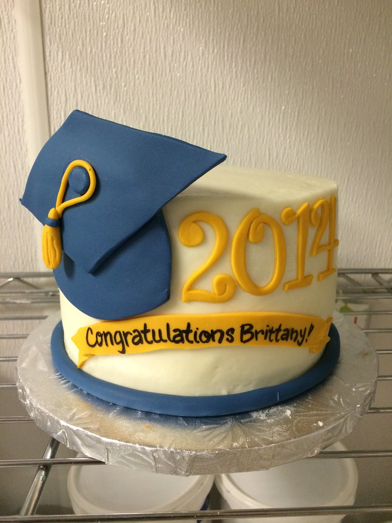 Images Of Graduation Cake : Graduation Cakes Dallas TX Annie s Culinary Creations