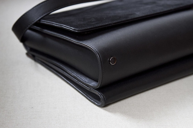 growing a minimalist wardrobe | handbags