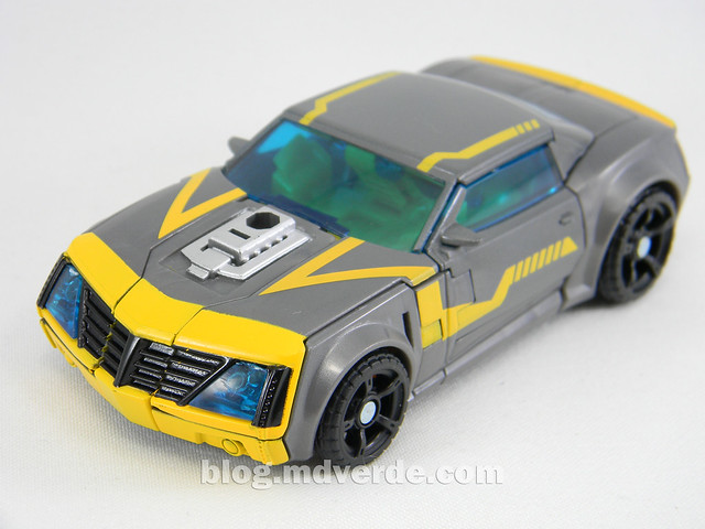 Transformers Shadow Strike Bumblebee Deluxe - Transformers Prime RID - modo alterno
