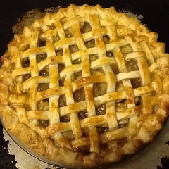 pie, linzer torte, baked goods, food, dish, dessert, cuisine, apple pie,