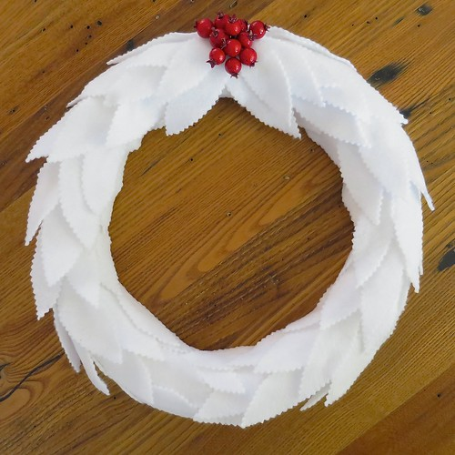 Iron Craft '14 Challenge #24 - Felt Leaf Wreath