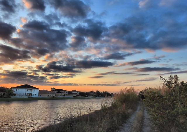 196th Canal HDR COREL 20141213