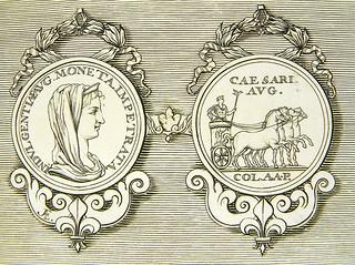 Lot 156 Medaillon du roi plate closeup