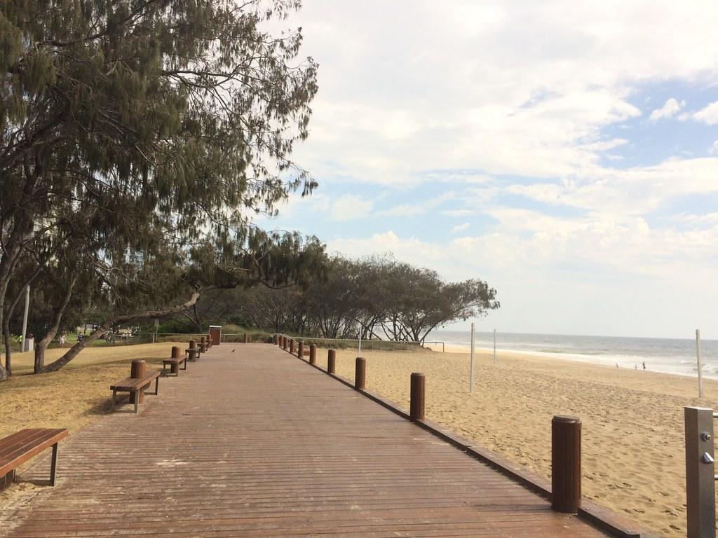 surroundings of sofitel gold coast-009