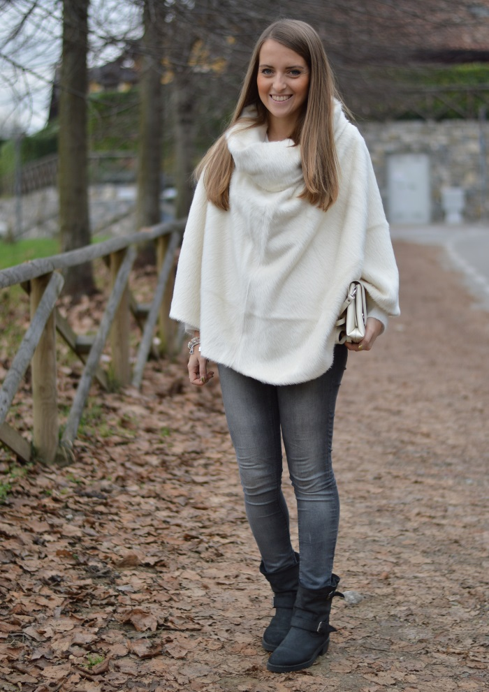 poncho bianco (3)