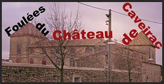 Château de Caveirac (Gard) photo prise depuis la rue du Château, à l'occasion de la course pédestre se déroulant dans la ville, Le Tour Pédestre de Caveirac, course de 10,2 km se déroulant dans la garrigue autour de la commune