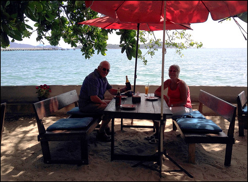Lunch at Rimlay Seafood, Rawai Beach