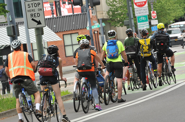 Portland bike traffic-10.jpg