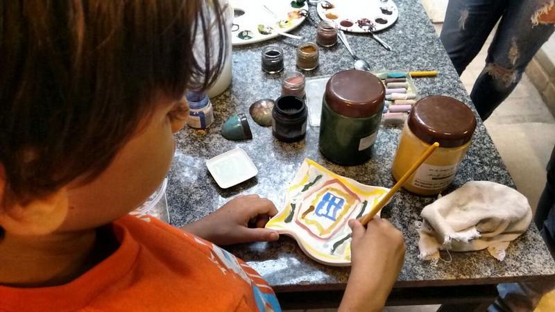 Dia do Ceramista  3 Pintura com corantes