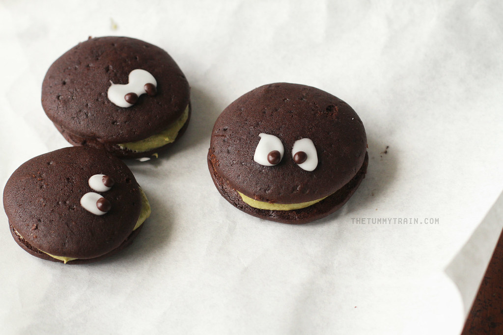 15037457853 66224d32a7 b - My Halloween not-scary-at-all whoopie critters