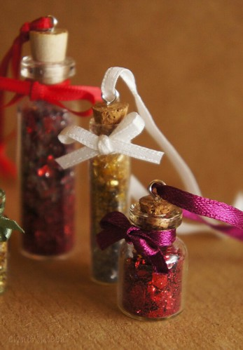 DIY Festive Miniature Bottle Ornaments by eight and sixteen