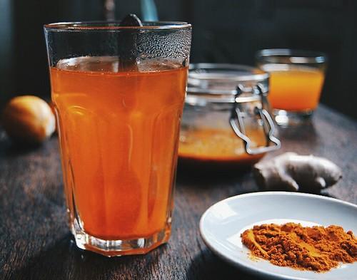 Ginger & turmeric honey elixir