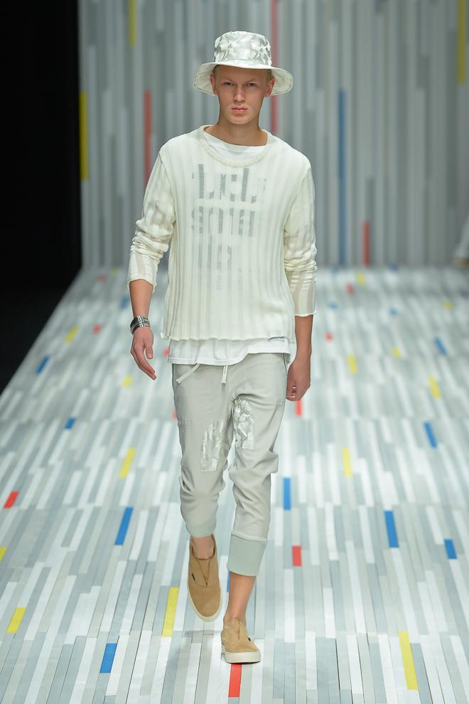Jonas Gloer3014_SS15 Tokyo FACTOTUM(fashionsnap)