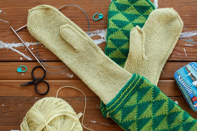 Pointy Pointy Mittens- Lining