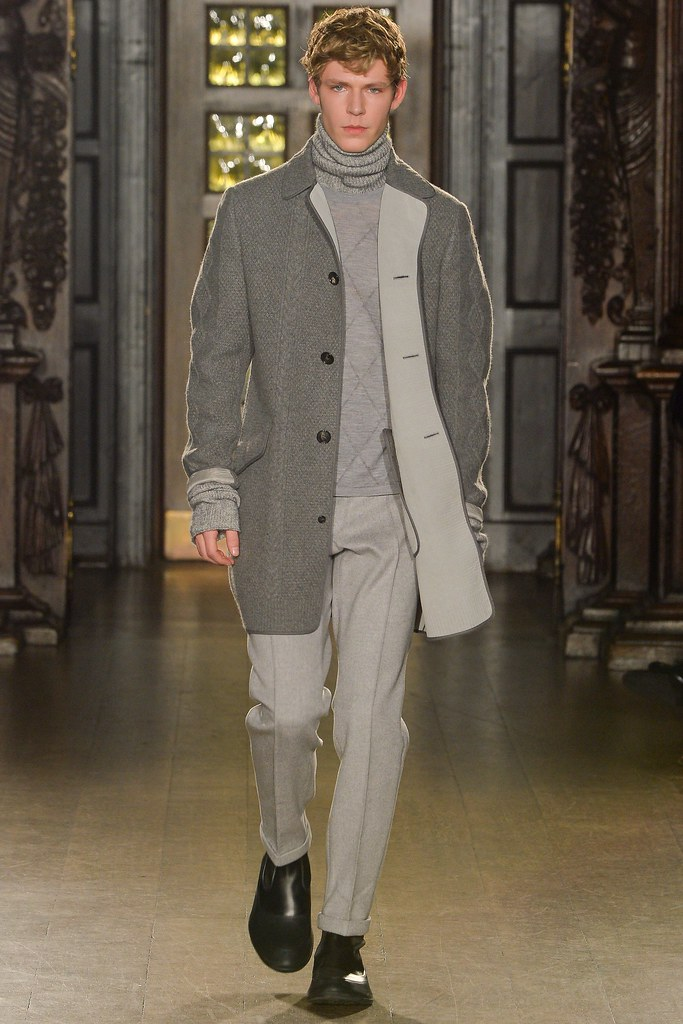 FW15 London Pringle of Scotland003_Simon Fitskie(VOGUE)