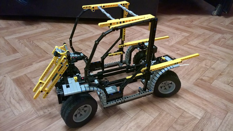 Toolcat 3 Point Hitch : Toolcat lego technic mindstorms model team