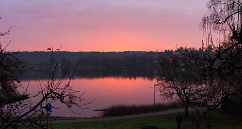 red color fall water fog canon landscape sweden sverige vatten sunrize mälaren röd sigtuna stockholmcounty rödred