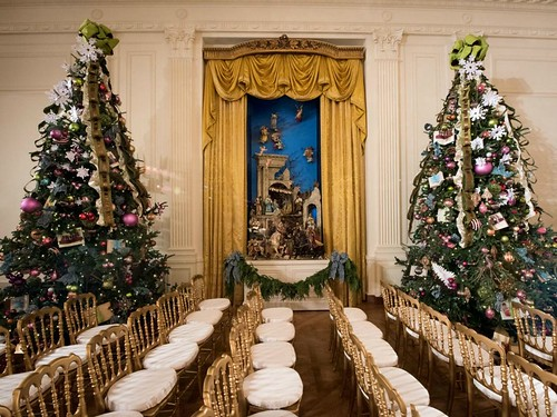 White House East Room Holiday Decor - 2014