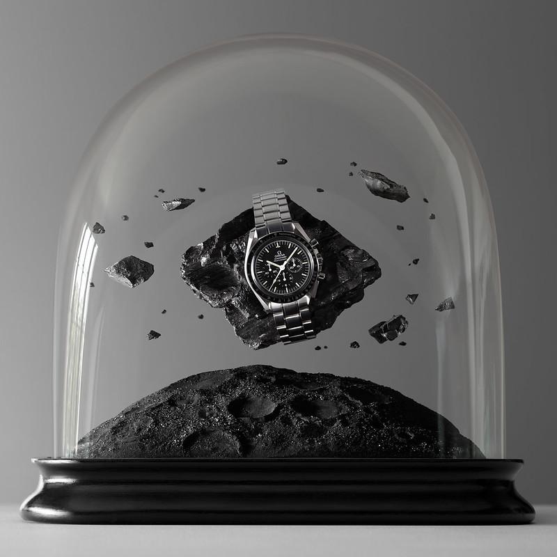 Montres Omega sous Globes de verre