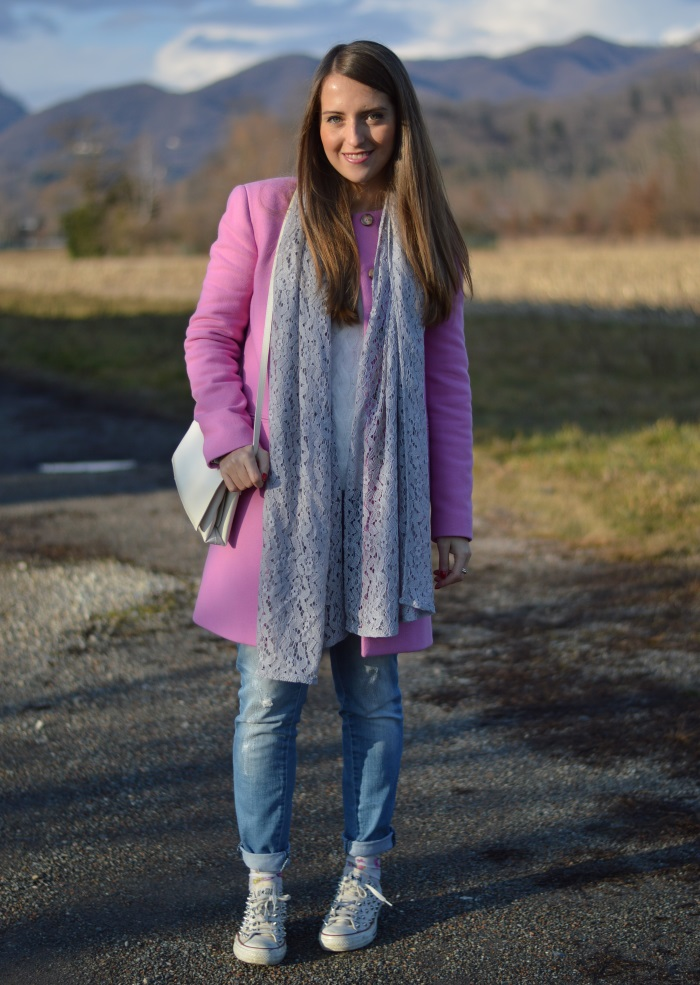 converse diy, jeans, cappotto rosa, calze farfalle, wildflower girl, fashion blog, Sisley, Benetton (15)