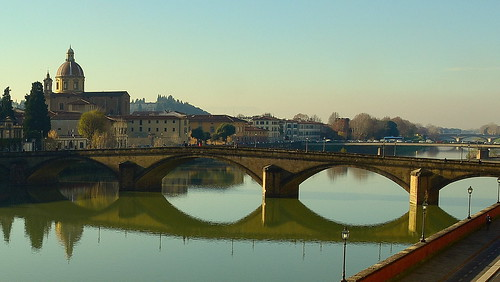 fiume ponte firenze arno toscana nicegroup finegroup
