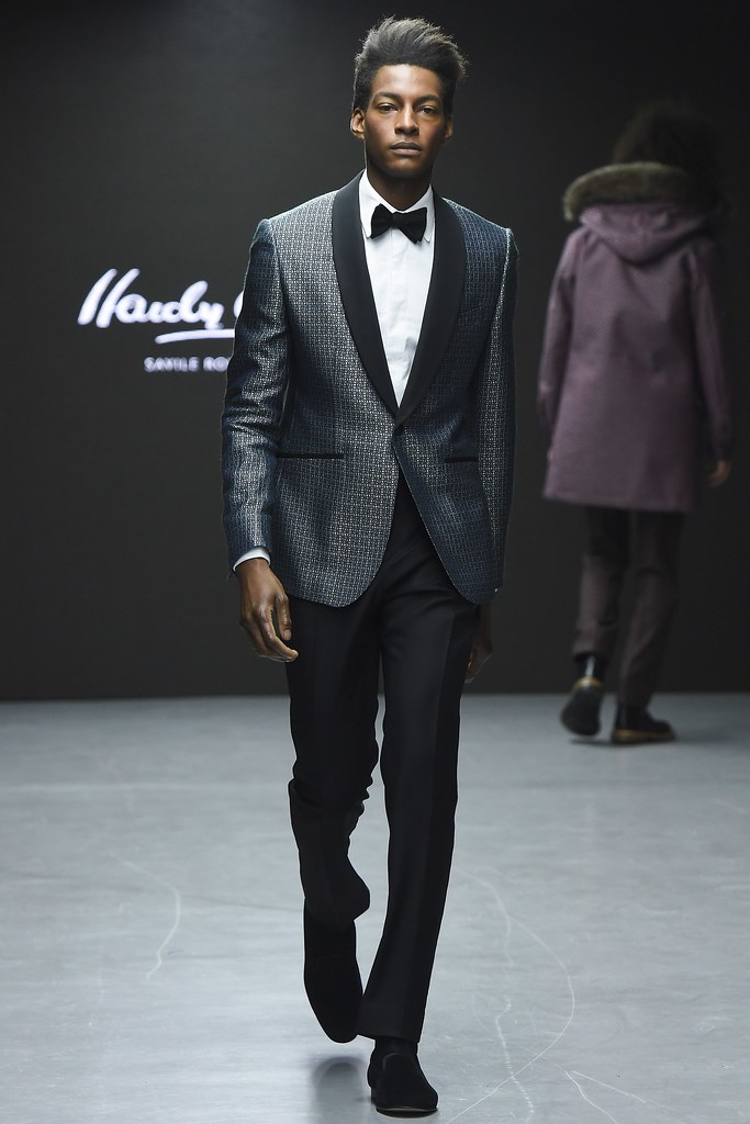 FW15 London Hardy Amies027_Ty Ogunkoya(VOGUE)