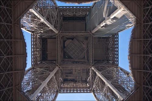 The-Eiffel-Tower-2