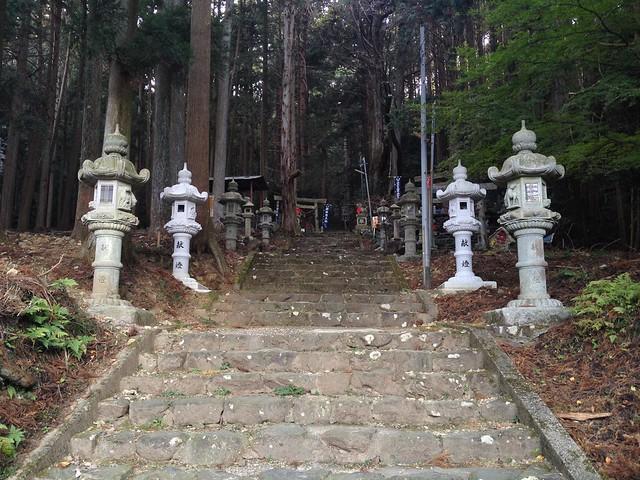 福王山 福王神社 参道