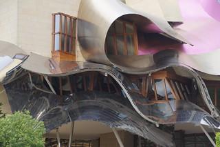 330 Marqués de Riscal Hotel