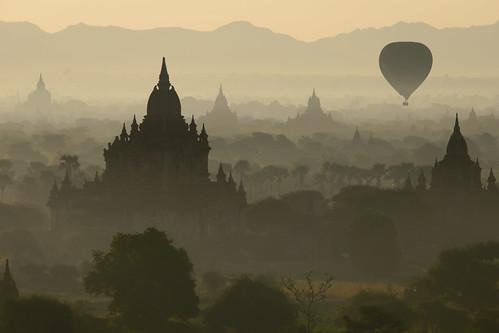 angkor asia bagan ruins temple ballon buddhism dust fog landscape mist misty pagodas stupas sunrise tourism travel visit balloon
