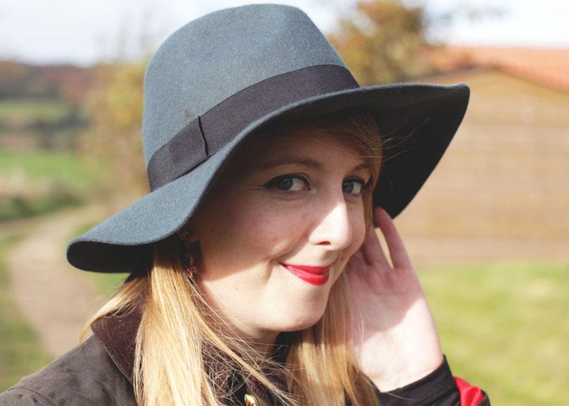 Dorothy Perkins Fedora Hat, Bumpkin Betty