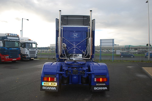 Scania 143 - Moody International
