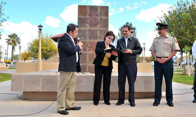 Padrés entregó obras para Agua Prieta y Nogales.