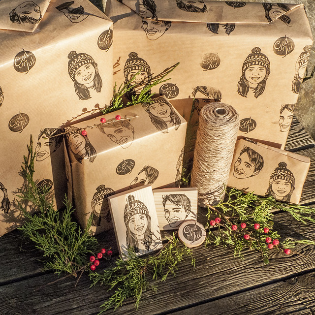 DIY guide - print your own wrapping paper with custom rubber stamps
