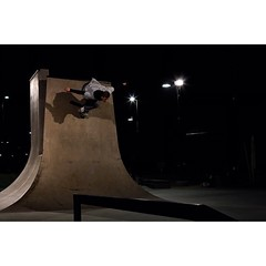 I hope everyone had a great Christmas! Thank you to everyone who has made 2014 a year to remember. I love you all. #sortofaportraitnumber9 #skate #christmasday #cameroncookphotography
