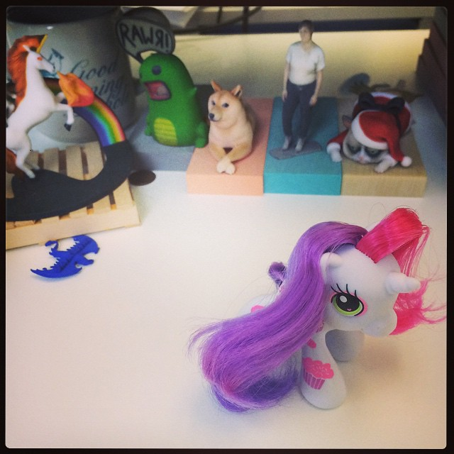 Sweetie Belle, my first new My Little Pony since circa 1989, joins the desk club