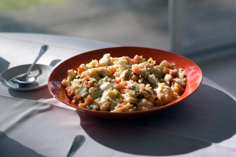Salada de bacalhau, chef José Avillez
