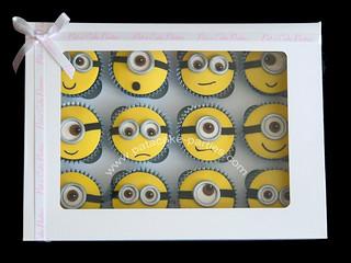 Minion Cupcakes, boxed