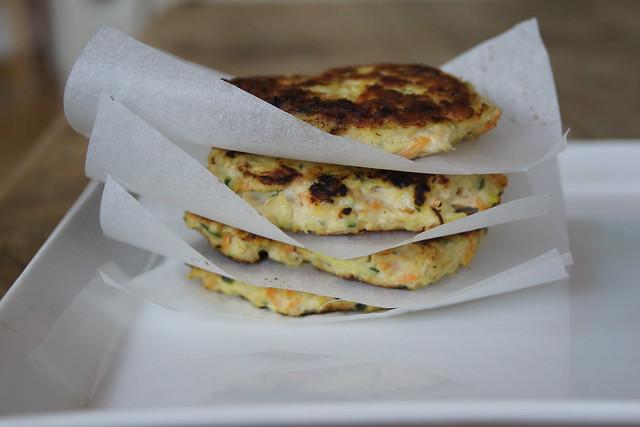 Chicken and veggie patties DSC01995