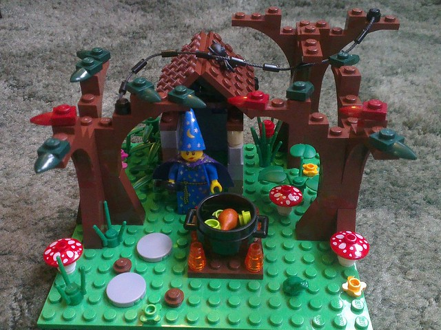 Lego Wizard's Hut