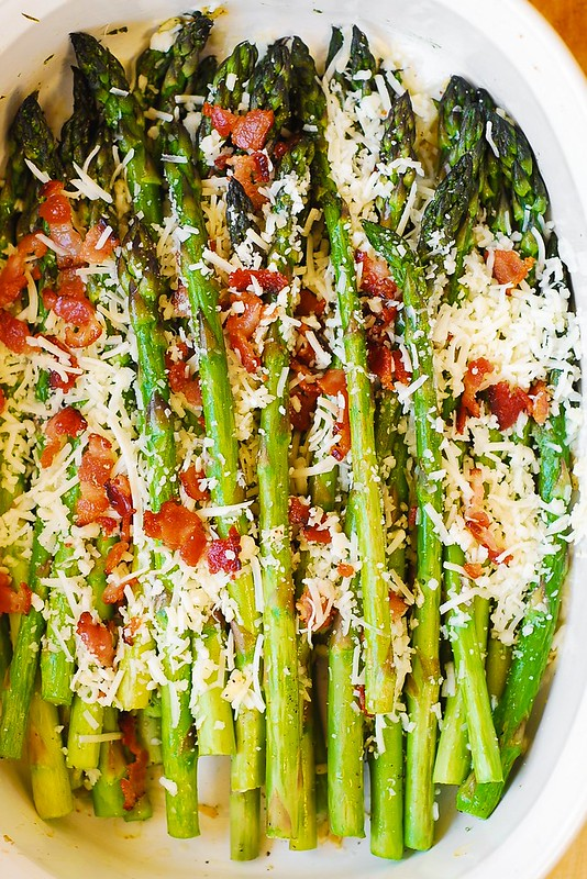 asparagus with garlic, bacon, and Asiago cheese, best asparagus ever, how to bake asparagus